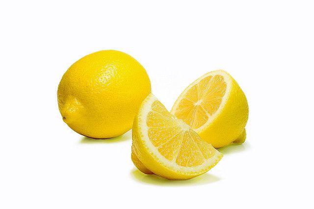 wróżba andrzejkowa z cytryną