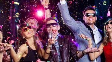 Imprezujący przyjaciele