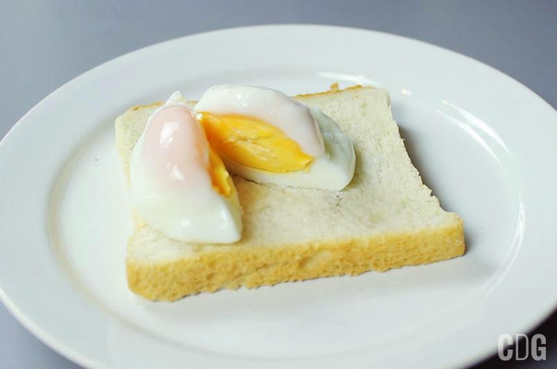 Jajko po benedyktyńsku w mikrofalówce
