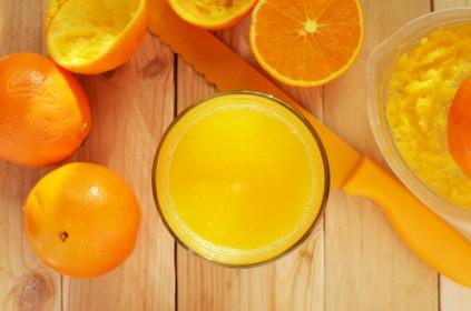 sok ze świeżo wyciśniętych pomarańczy
