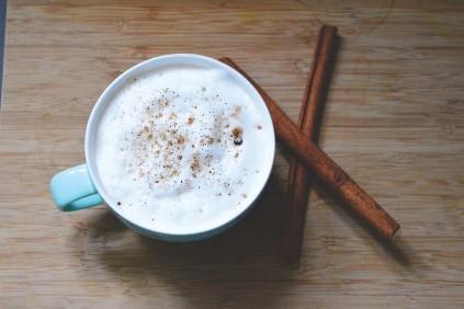 kawa na słodko Delonghi